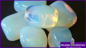 Opalina (Falsa Pedra da Lua) e seus significados e propriedades