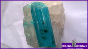 Turmalina Azul e seus significados e propriedades