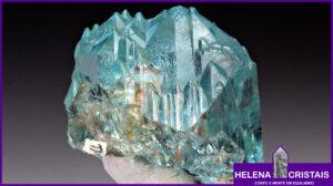 Topázio Azul e seus significados e propriedades